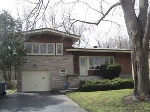 Pointe claire-***Bank owned home for $30.000 below market value*