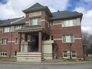 CONDO FOR SALE - OPEN HOUSE- AUJOURD'HUI