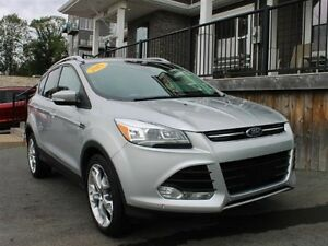 2015 Ford Escape Titanium / 2.0L I4 Turbo / Auto / 4x4