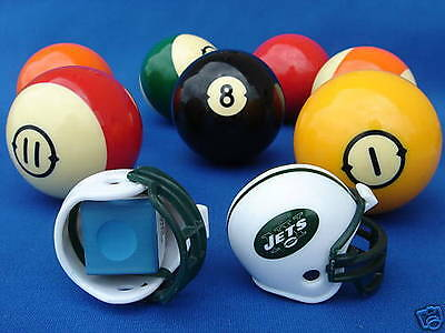 New York Jets Pool (2 NEW YORK JETS POOL BILLIARD CUE with MASTER CHALK NFL FOOTBALL)