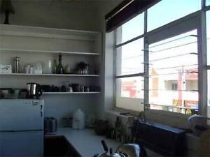 East Brunswick Studio Bedsit THREE WEEKS 1/7 - 21/7 - Excellent Brunswick East Moreland Area Preview