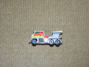 1980 KENNER FAST 111'S WHITE EVIL EYE STUNT RIG DIECAST CAR