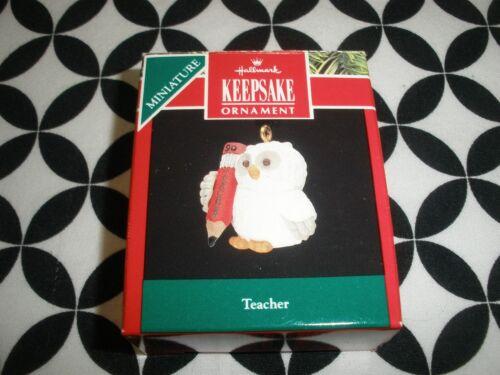 "1990 VTG CHRISTMAS! MINIATURE HALLMARK ORNAMENT, ""TEACHER"" ~N17"