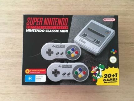 Nintendo SNES Mini Game Console with 21 games + 2 Controllers