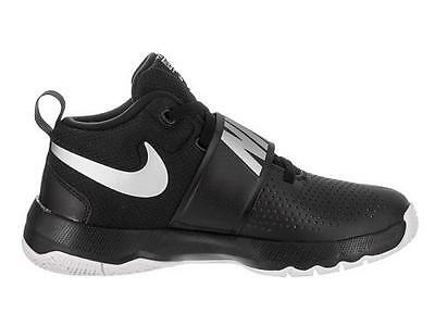 NIKE Team Hustle D8 Mid Black Kids Athletic Basketball Sneakers/Shoes Boys NEW ()