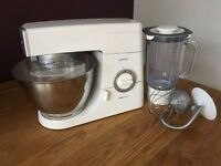 Kenwood chef km330 - with k-beater, dough hook, whisk and blender attachments