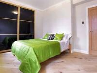 Extra large double room ONLY 2 WEEKS DEPOSIT!