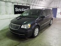2013 CHRYSLER TOWN AND COUNT TOURING