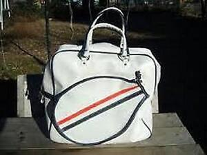 Good Condition: Traditional Tennis Bag