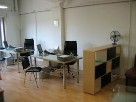 ROYAL VICTORIA DOCKS - LARGE DESK SPACE