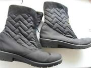 Ladies Fur Boots Size 6
