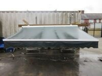 2.5 METER RETRACTABLE AWNING - GREEN - ONLY £40 - USED GOOD CONDITION