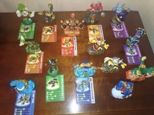 Skylanders Swapforce Bundle - 14 figures in excellent condition