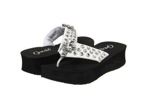 0fc5a8fe9913b9 Bling Sandals