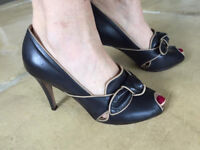 Hobbs NW3. Navy Peep Toe Court Shoes with Bow detail - Size 3, Excellent Condition