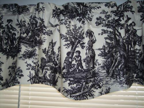Blue And White Toile Bedroom: Toile Curtains