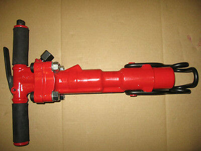 Chicago Pneumatic 30lb Pavement Breaker Hammer Cp-111t