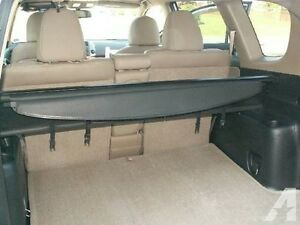 Toyota RAV4 Tonneau/Retractable Cargo Cover