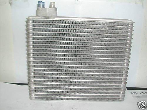 A//C AC Evaporator Core For 1999 2000 2001 2002 2003 Mitsubishi Galant MR460370