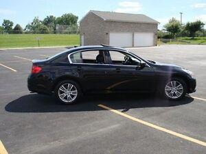 2012 Infiniti G37x Luxury Sedan (includes winter tires on rims)