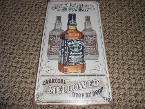 jack daniels whiskey bottle ebay. Black Bedroom Furniture Sets. Home Design Ideas