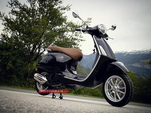 Vespa 125 Primavera mit LED Scheinwerfer Piaggio Scooter Roller zum Sonderpreis
