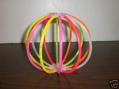 Two Pop Glo Glow Stick Balls ~~ Glows For Hours ~~ NEW