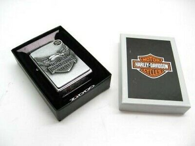 Zippo 20230 Street Chrome Harley-Davidson Full Face Emblem Windproof Lighter