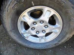 "MITSUBISHI 16"" ALLOY WHEEL & 265/70/16 TYRE 00 TO 02 (TMP-105032) Brisbane South West Preview"