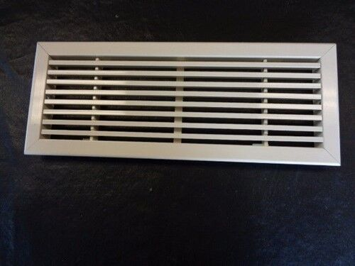 """CARVER BOAT 7047005 OFF WHITE PAINTED VENT 14 7/8"""" X 5 7/8"""" MARINE BOAT"""