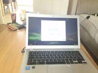 Toshiba CB30-B-104 13.3 laptop google laptop 2.16 GHz, 4 GB RAM, 16 GB SSD, Google Chrome OS)