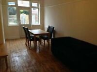 5 bedroom house in Beeston, Nottingham, NG9