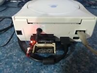 DREAMCAST CONSOLE WITH IDE CF CARD CONVERSION & 14 GAMES