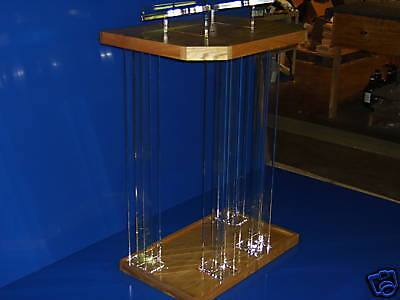 Clear/Wood/Podium/Pulpit/Plexiglass/Lucite/Acrylic/NEW