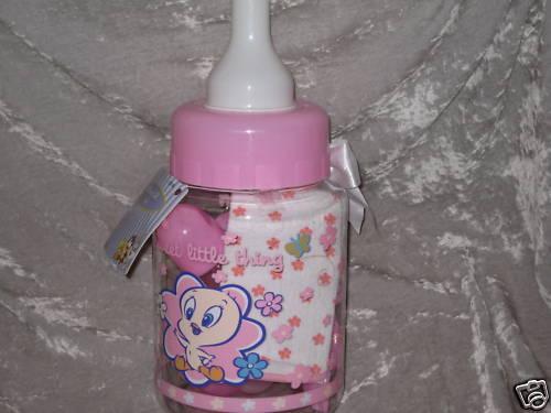 10 pc. Gift Set Baby Tweety Bank Bottle Rattle Bib NEW!