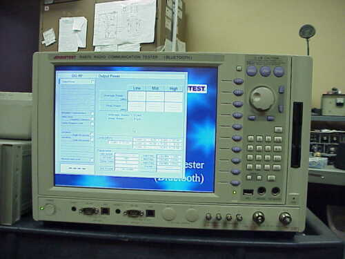 ADVANTEST R4870 COMMUNICATION ANALYZER-BLUE-TOOTH