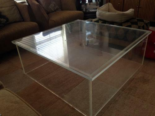 table basse plexiglass vintage. Black Bedroom Furniture Sets. Home Design Ideas