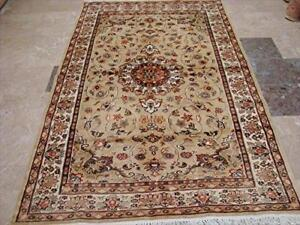 Love Exotic Beige Floral Medallion Rectangle Area Rug Hand Knotted Wool Silk Carpet (8 x 5)'