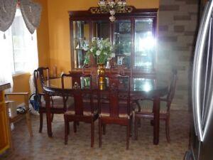 set de salle à manger à vendre