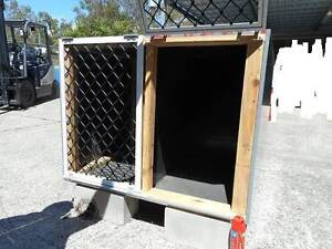 Dogs overnight Kennel Fits 4 working Dogs Ashmore Gold Coast City Preview