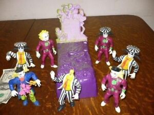 Looking for Beetlejuice Kenner action figures and play sets