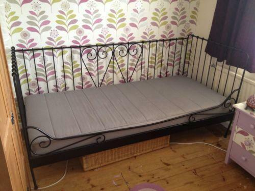 Ikea day bed ebay for Ikea day bed