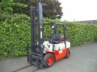 Nissan Gas/LPG Counterbalance Forklift Truck