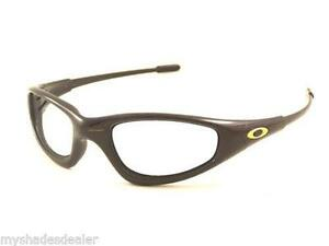 oakley straight arm