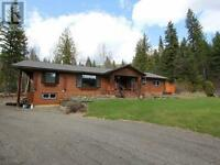 Log Home For Sale Near East Barriere Lake