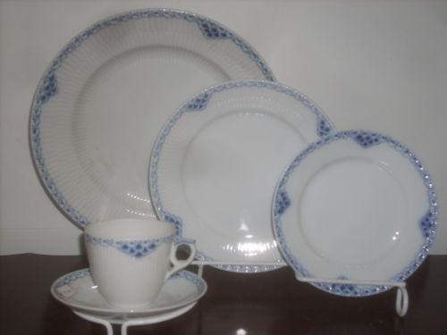 Lennox Christmas Plates