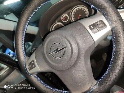 Coprivolante da Cucire cover in Pelle Nera / Filo Blu Per Auto Volante 38-40cm