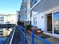 Lovely 2 bedroom grnd flr holiday apartment with terrace and allocated parking in the Marina
