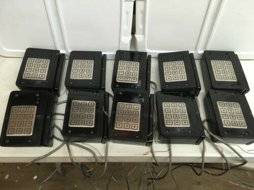 REDUCED !HUGE LOT HID Keypads with Card Readers PinPad Wiegand Reader # 3103550