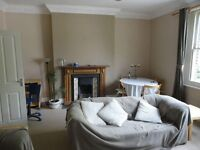 Lovely 3 BED FLAT ( 2 DOUBLES & 1 SINGLE) located on Hillmarton Road!!!